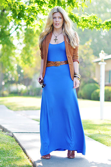 How to Wear a Maxi Dress for Three Different Occasions